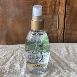 New,OGX weightless hydrating coconut oil hair mist